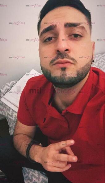 Foto de Arabe Masajista Dotado Lechero haciendo FISTING